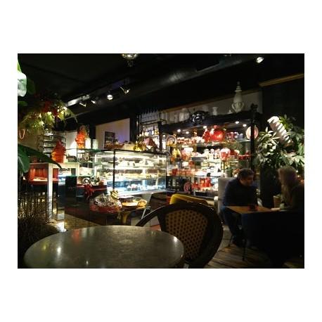 la-postreria-food-and-club
